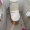 交換前のトイレ